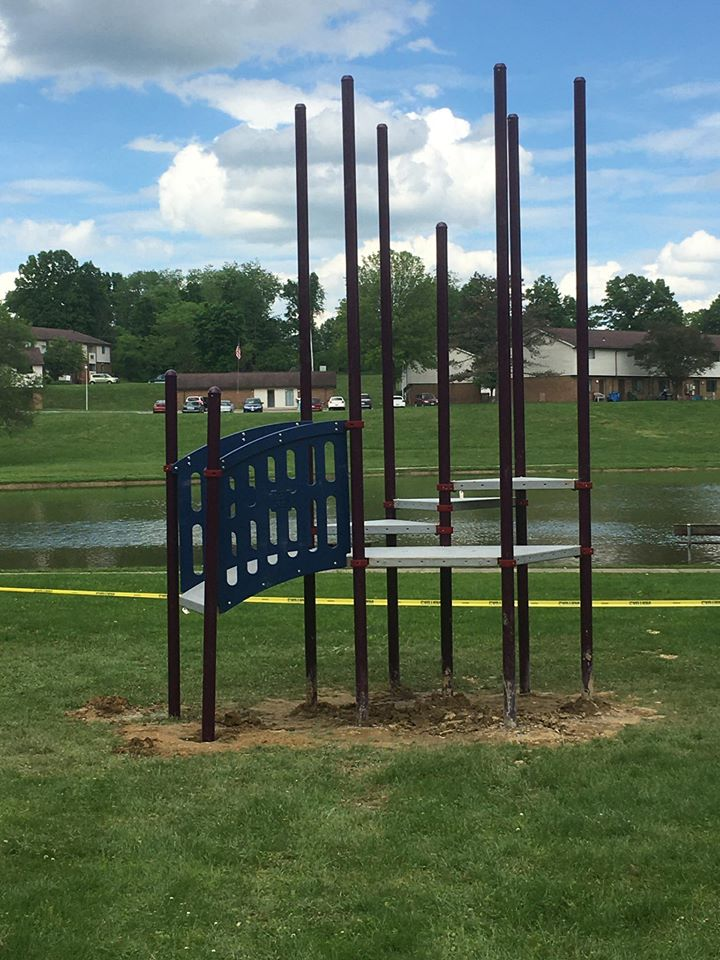 Jackson Park Play Pod Install